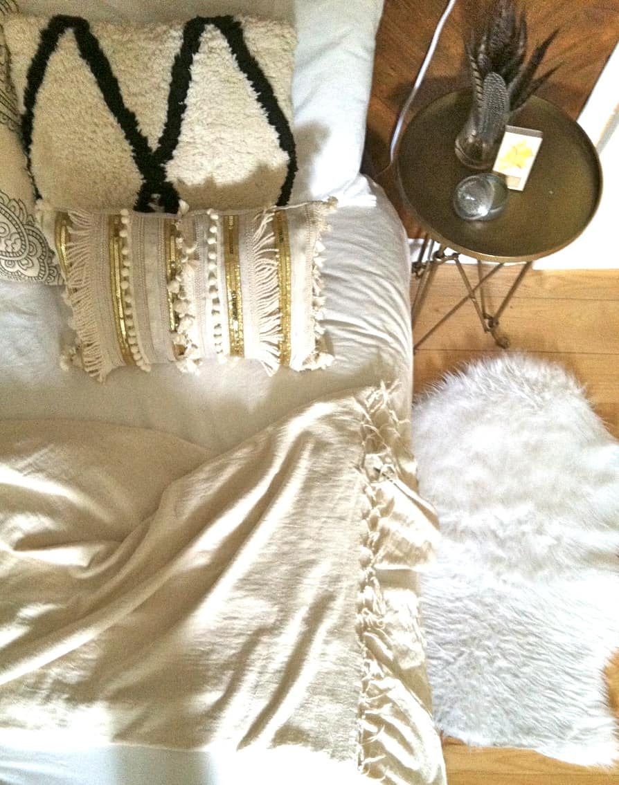 Diy tassel moroccan blanket