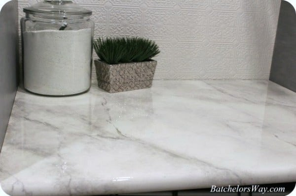 $30 faux marble painted countertops