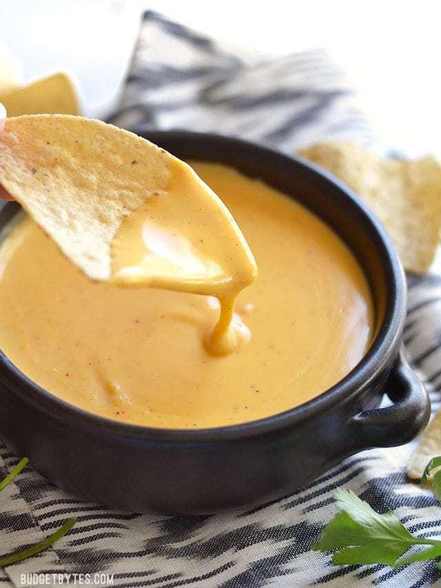 5 minute nacho cheese sauce