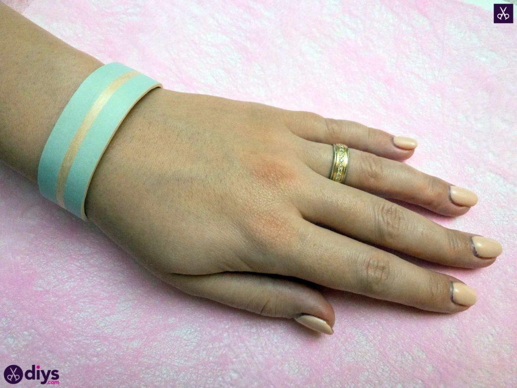 Diy how to make a popsicle stick bracelet