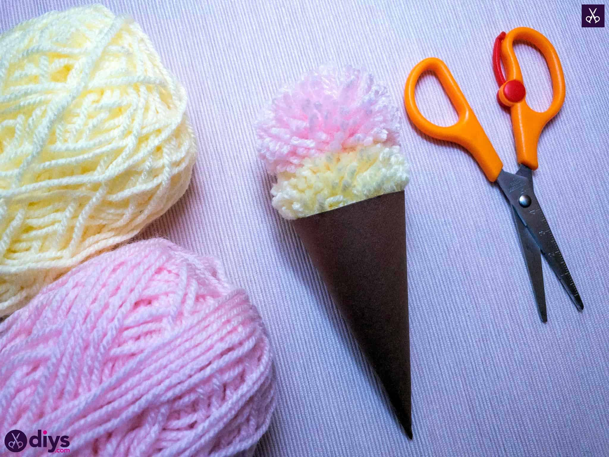 Diy how to make an ice cream pom pom