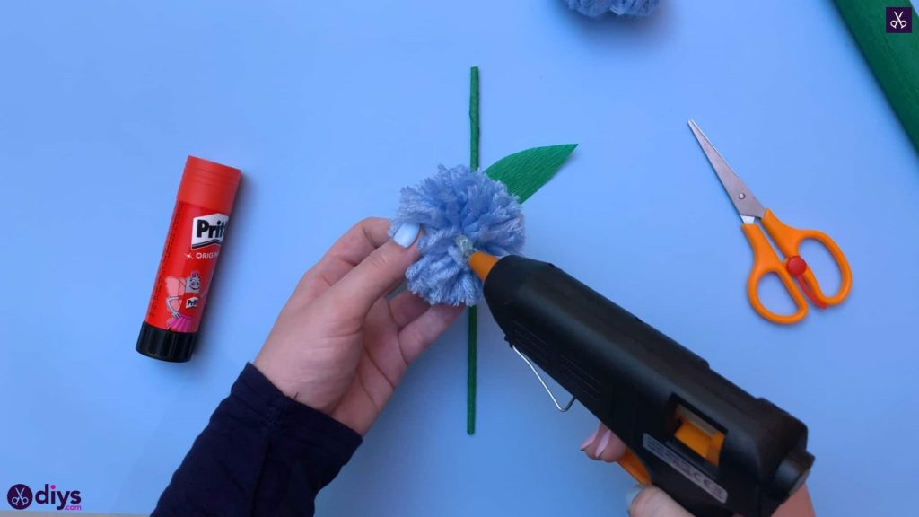 Diy pom pom flower step 12