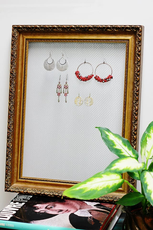 Diy framed wire earring display