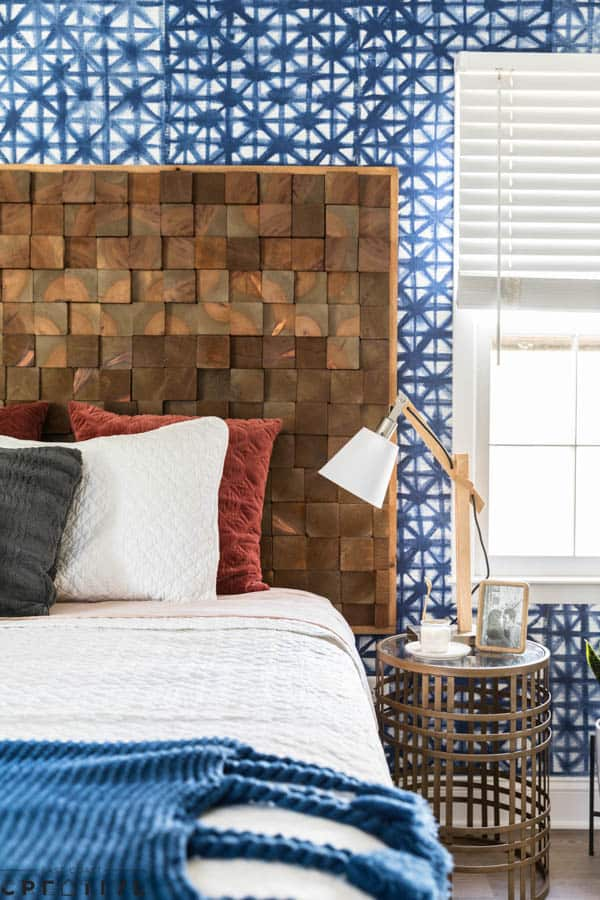 Diy wood slice headboard
