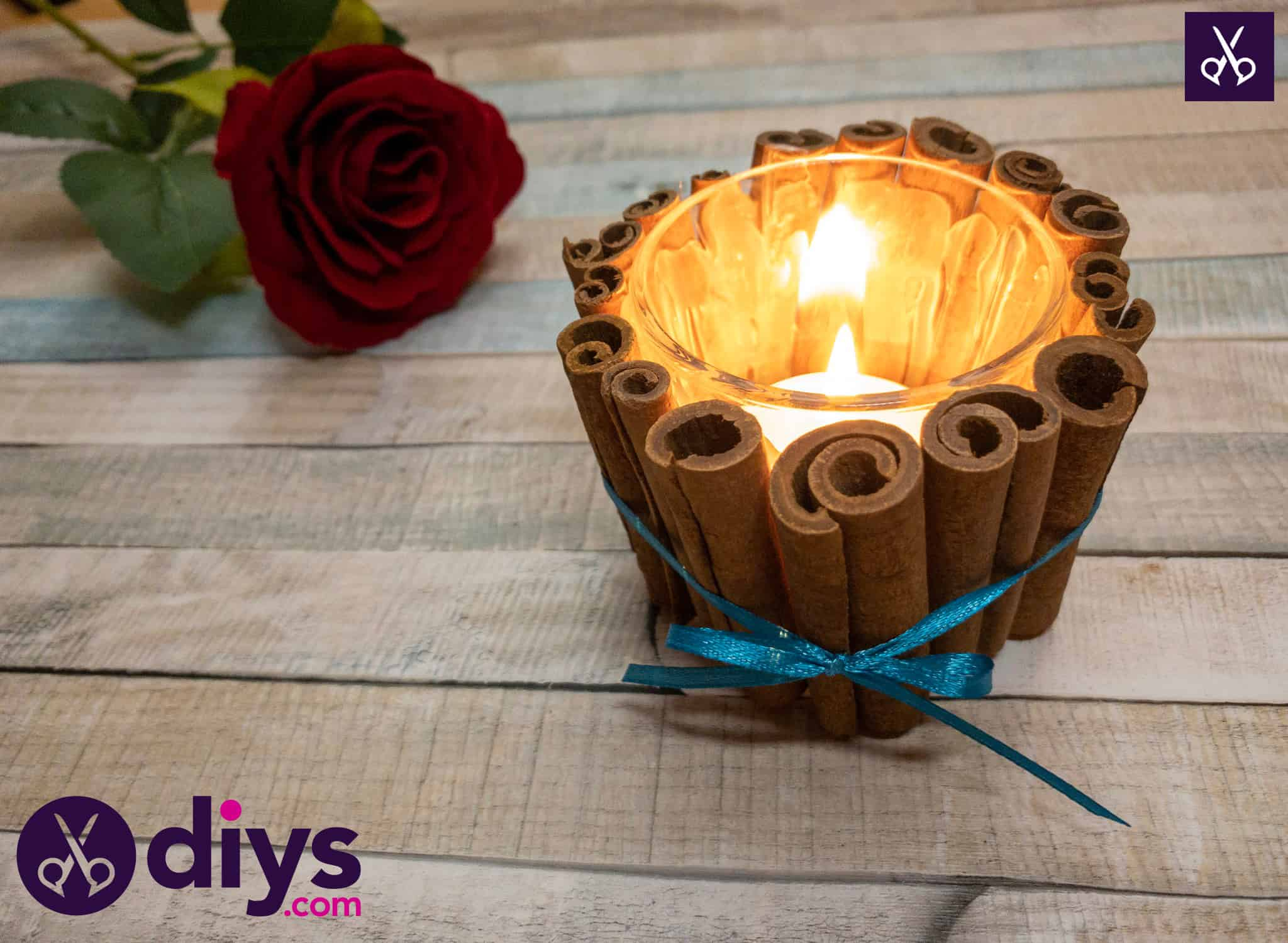 Decorate the christmas table with a cinnamon stick candle holder
