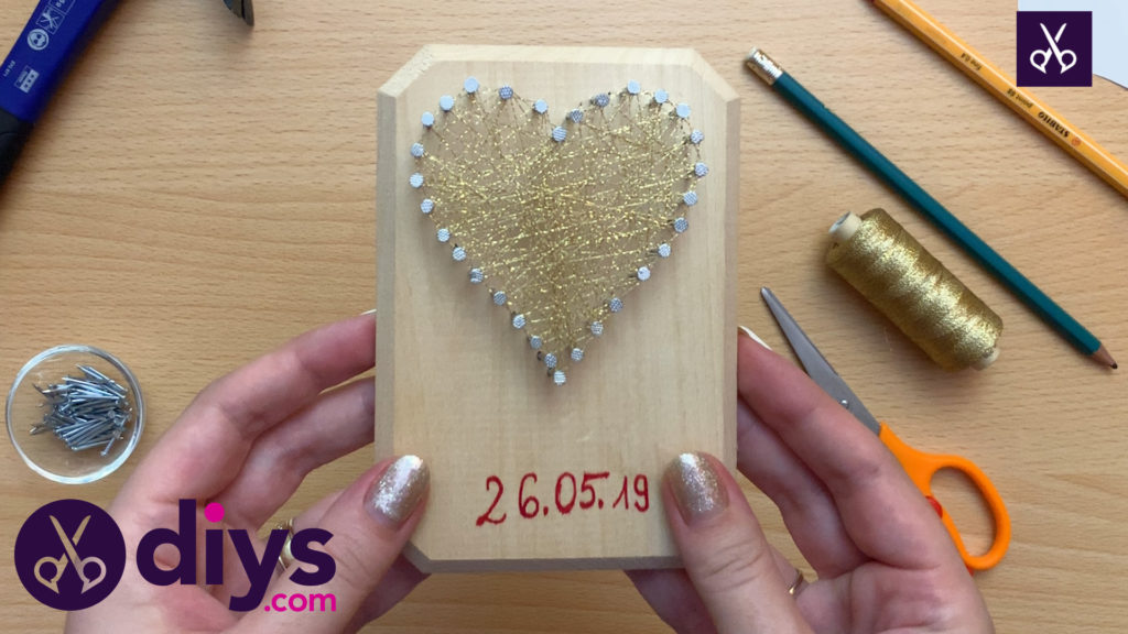 Easy how to make mini heart string art