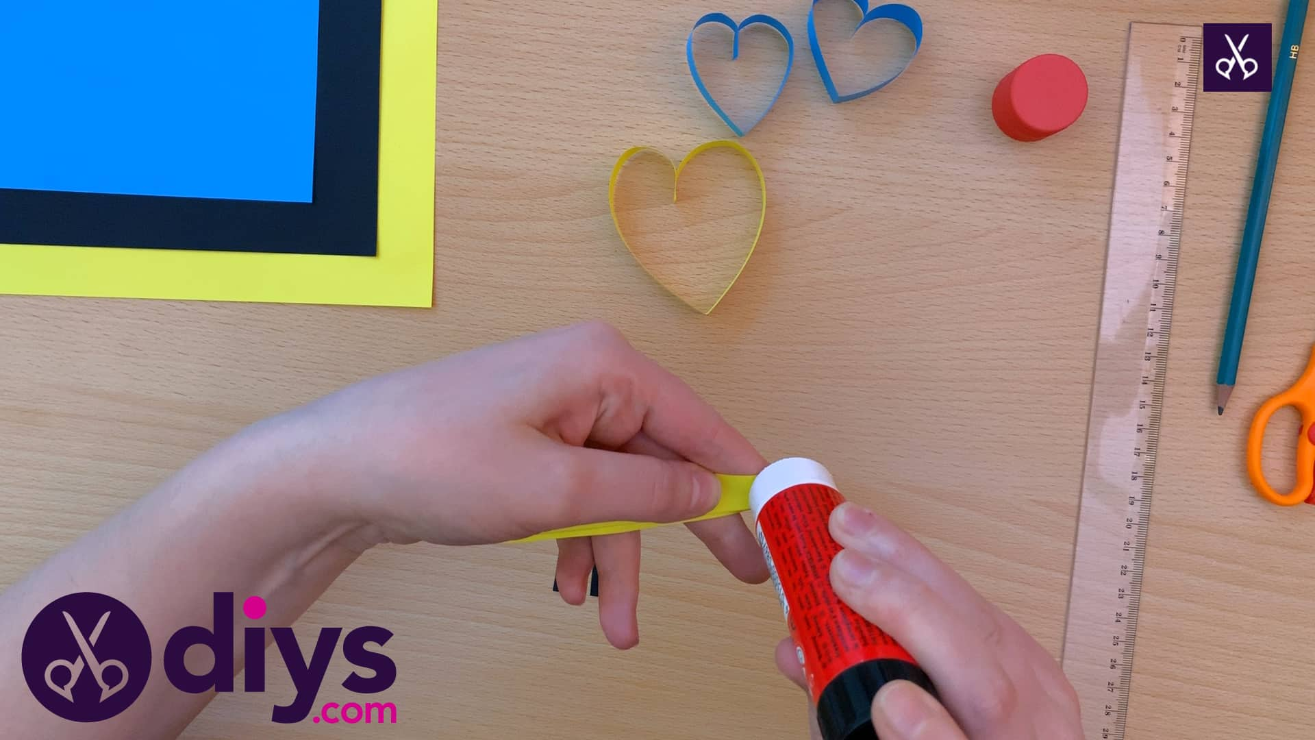 How to make a paper heart butterfly glue process
