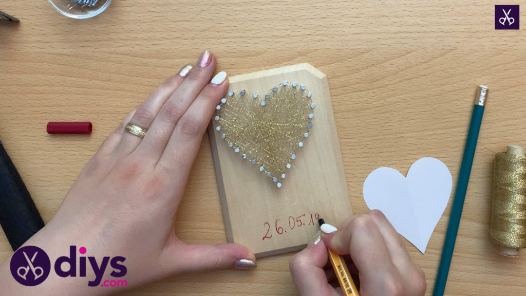 How to make mini heart string art custom