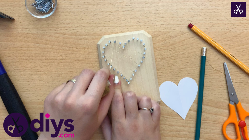 How to make mini heart string art wrope