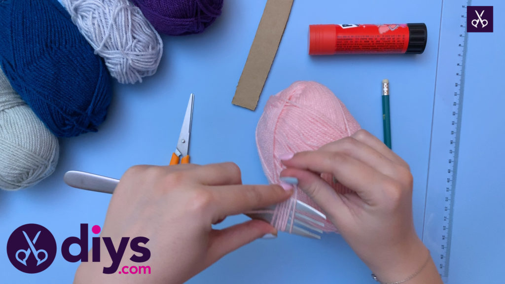 How to make pom pom letters yarn