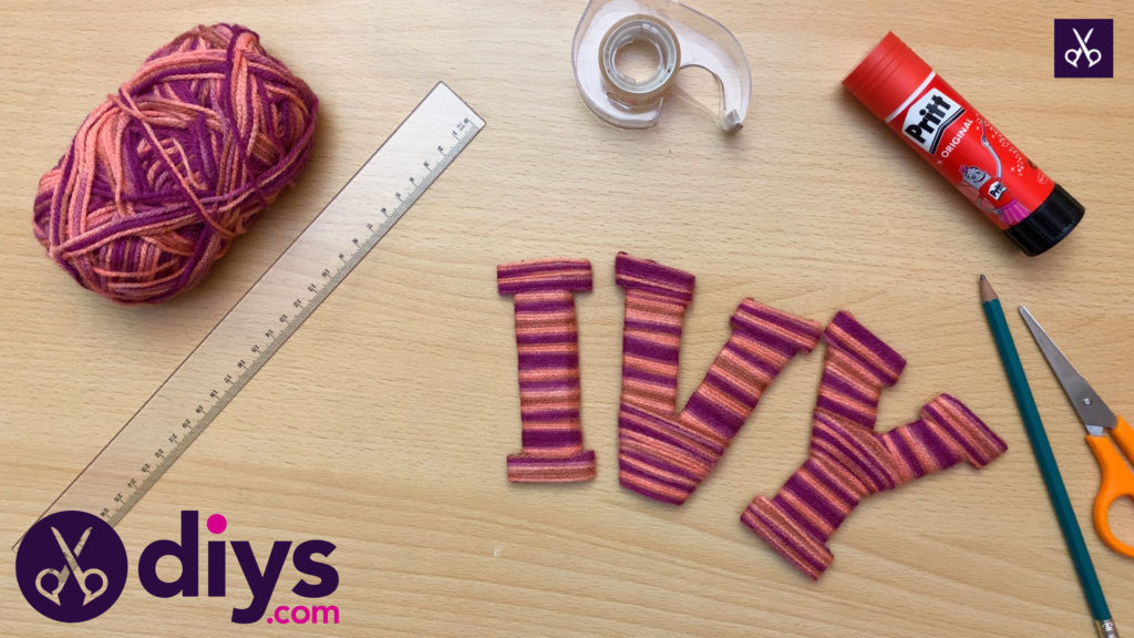How to make yarn letters materials