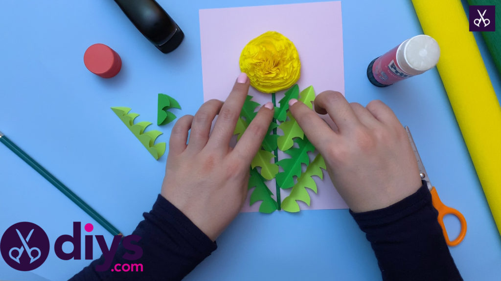 How to make a crepe paper flower press