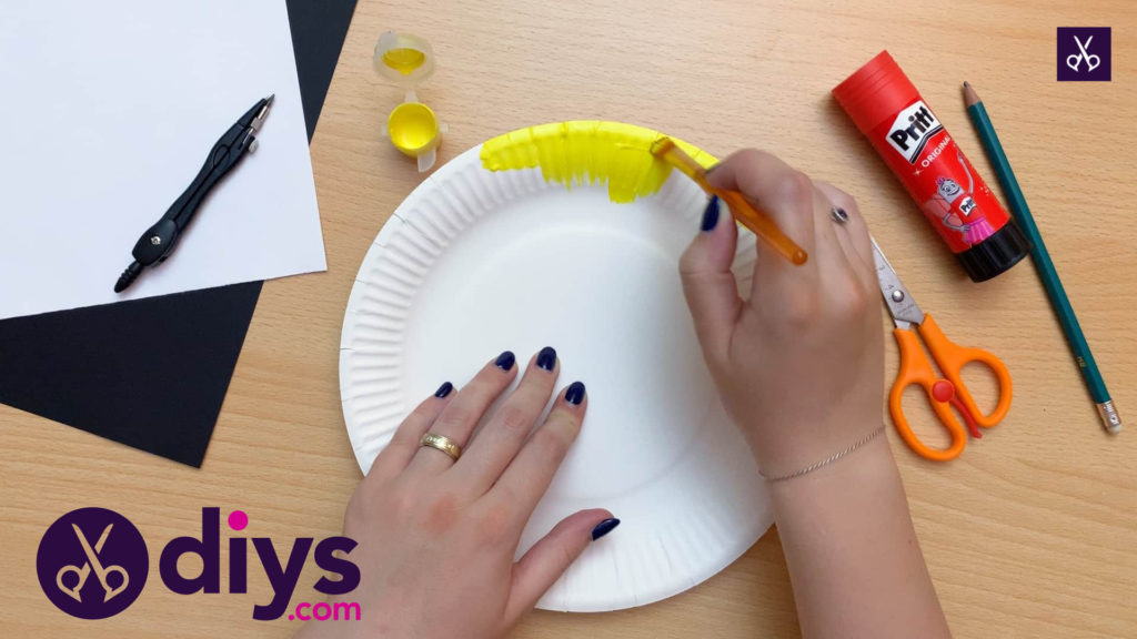How to make a paper plate minion paint