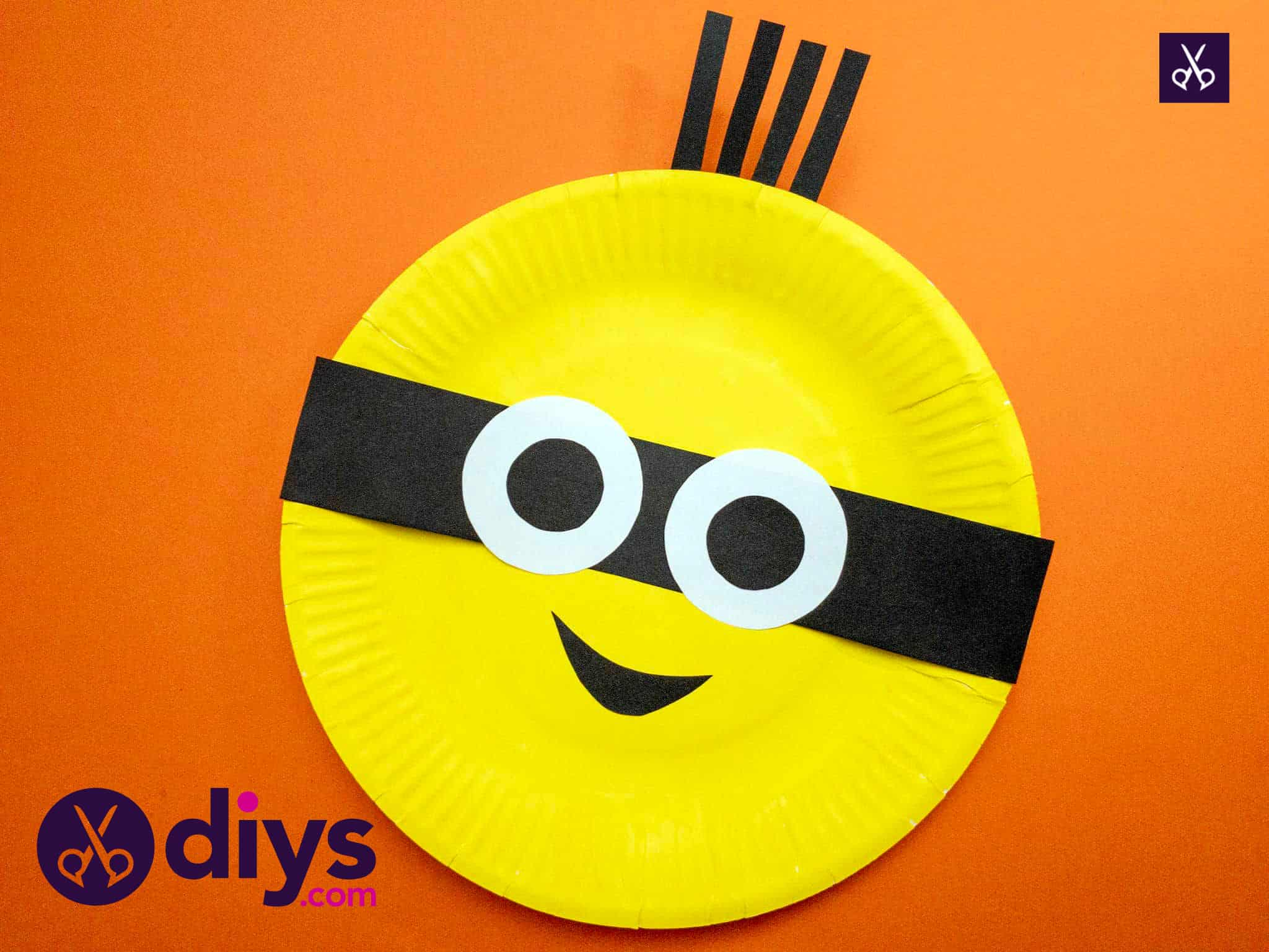 How to make a paper plate minion view