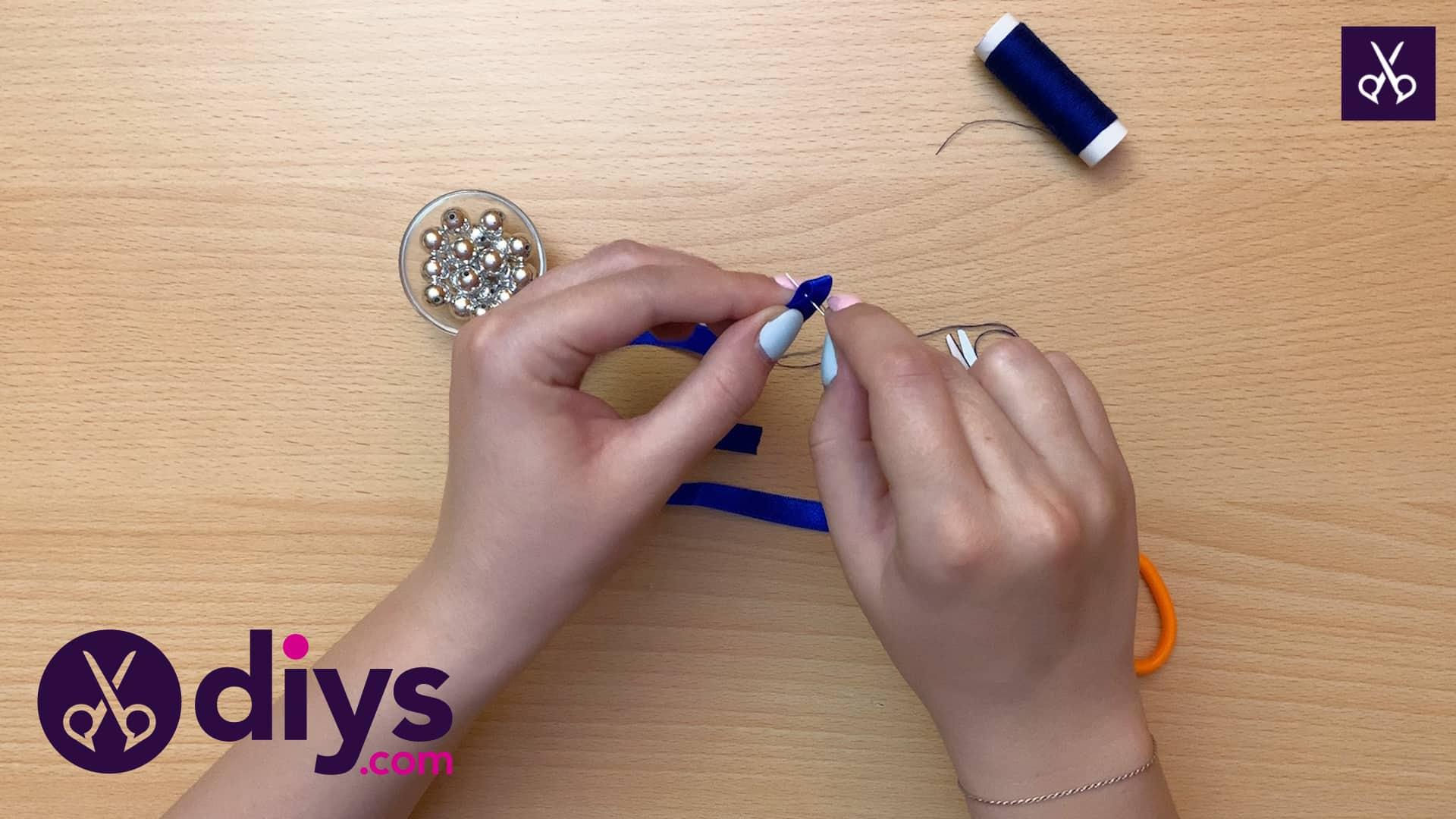 How to make a pearl bracelet step 1