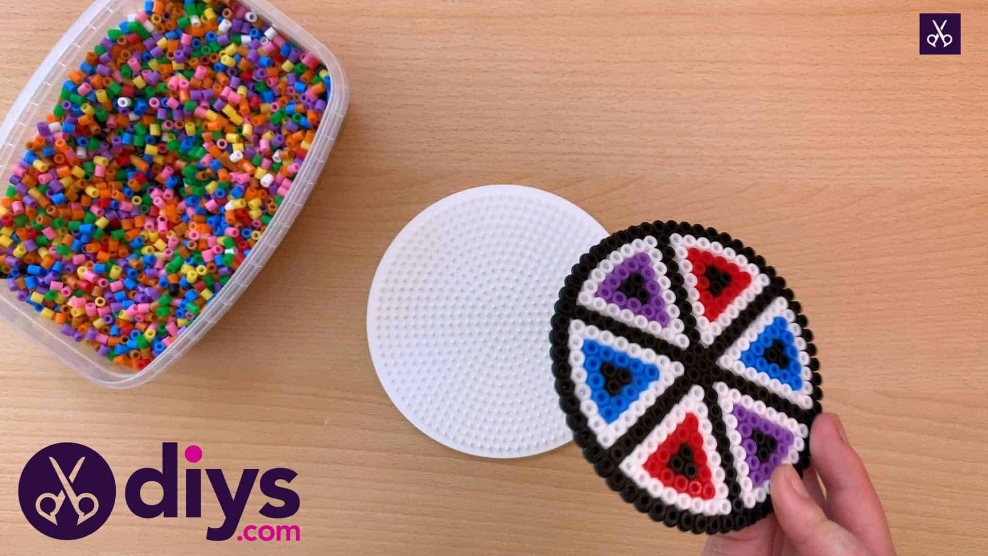 How to make a perler bead cup holder attach
