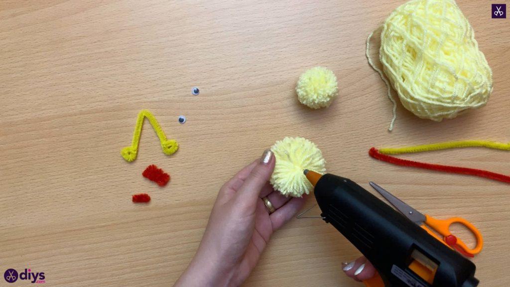 How to make a pom pom chick glue