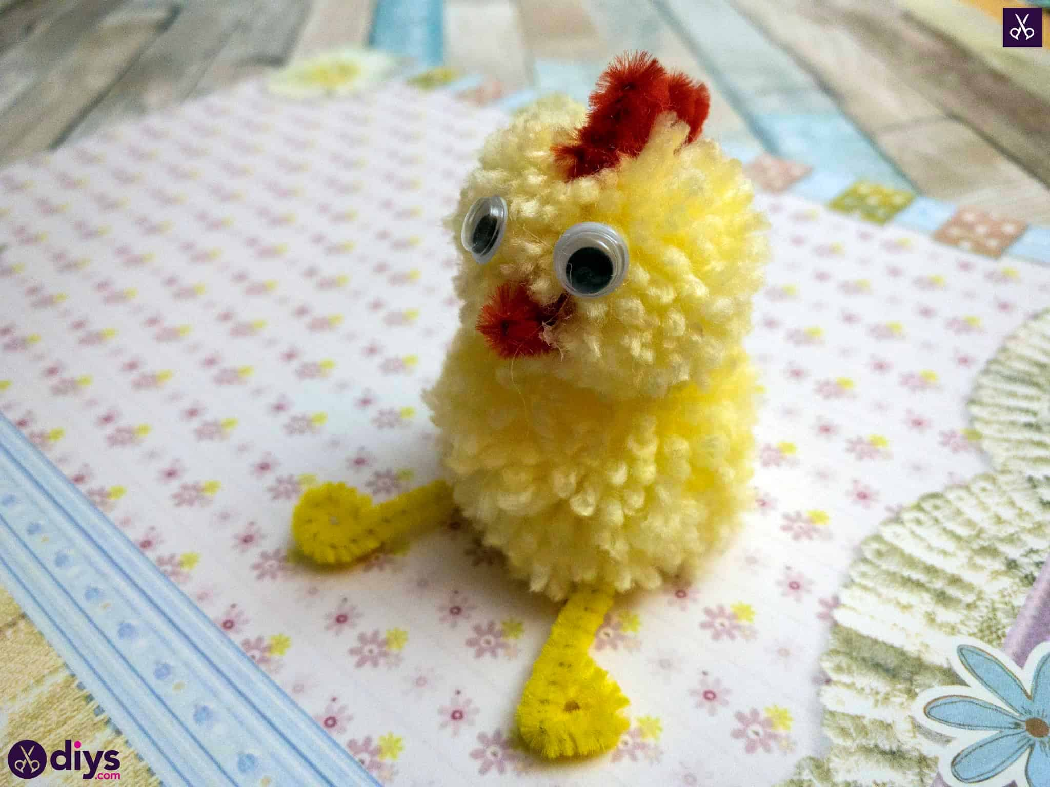 How to make a pom pom chick