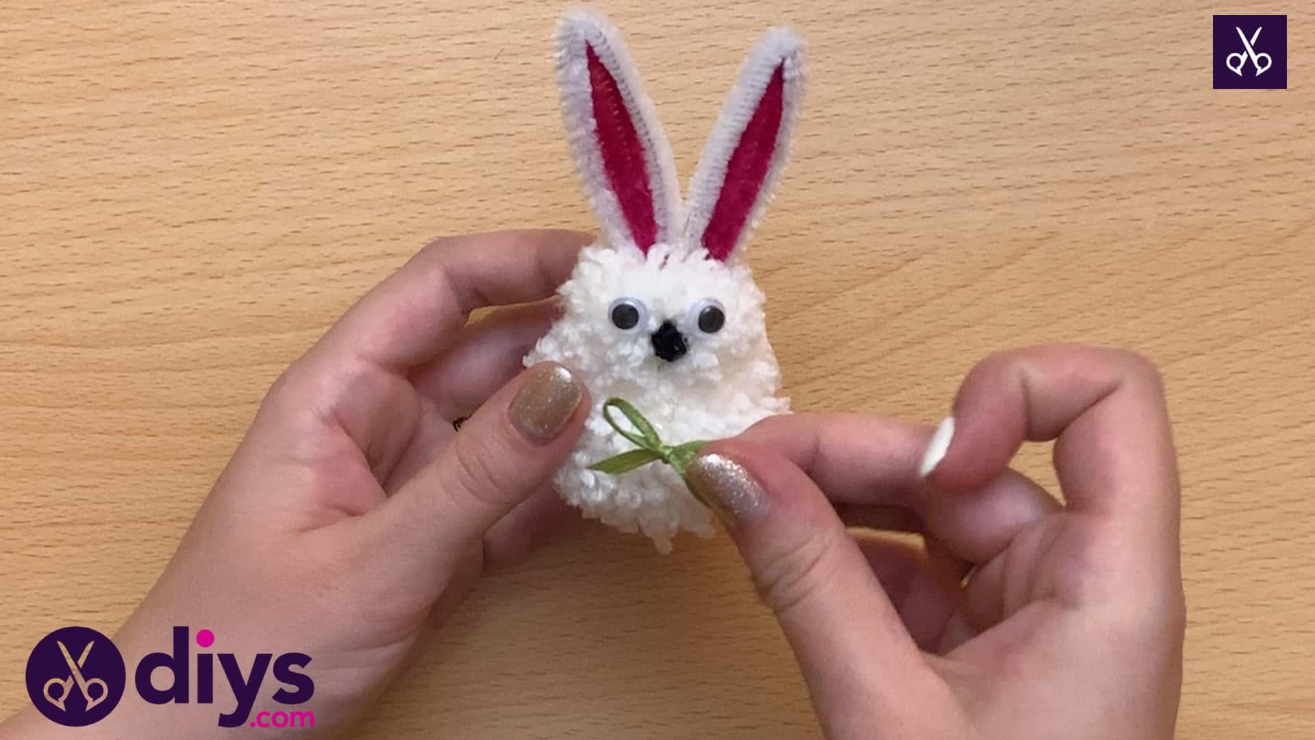How to make a pom pom rabbit little glue
