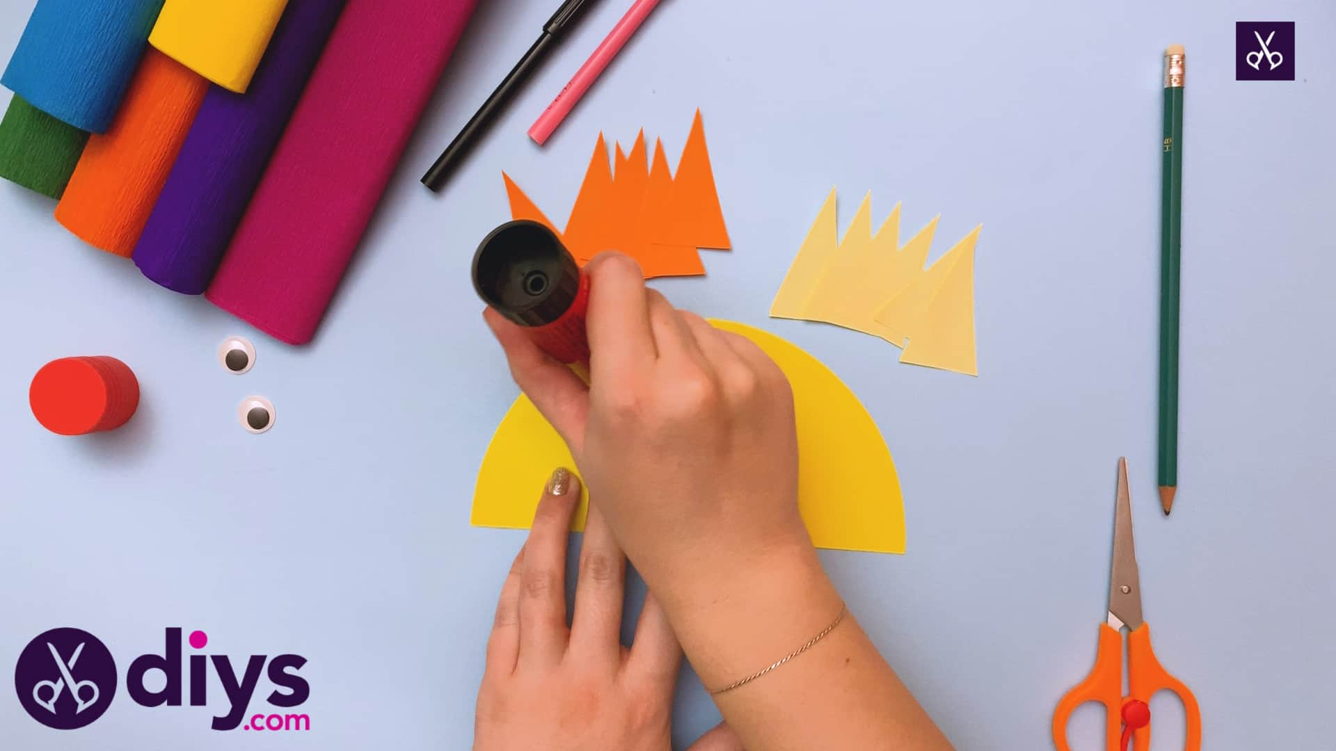 How to make a rainbow paper sun stamp