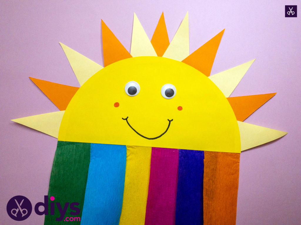 How to make a rainbow paper sun for school