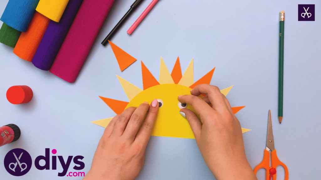 How to make a rainbow paper sun step 5
