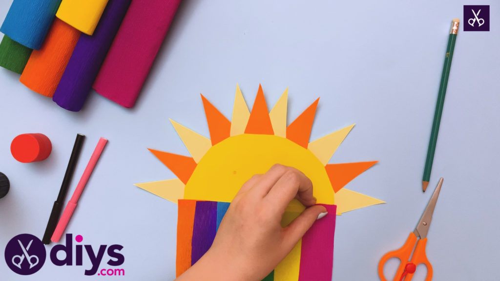 How to make a rainbow paper sun sun