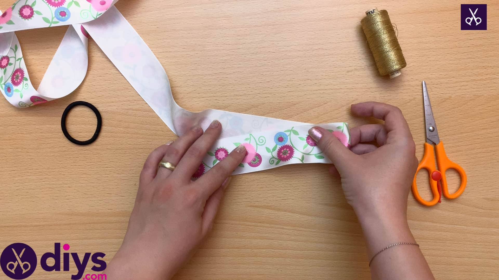 How to make a ribbon double bow step 1