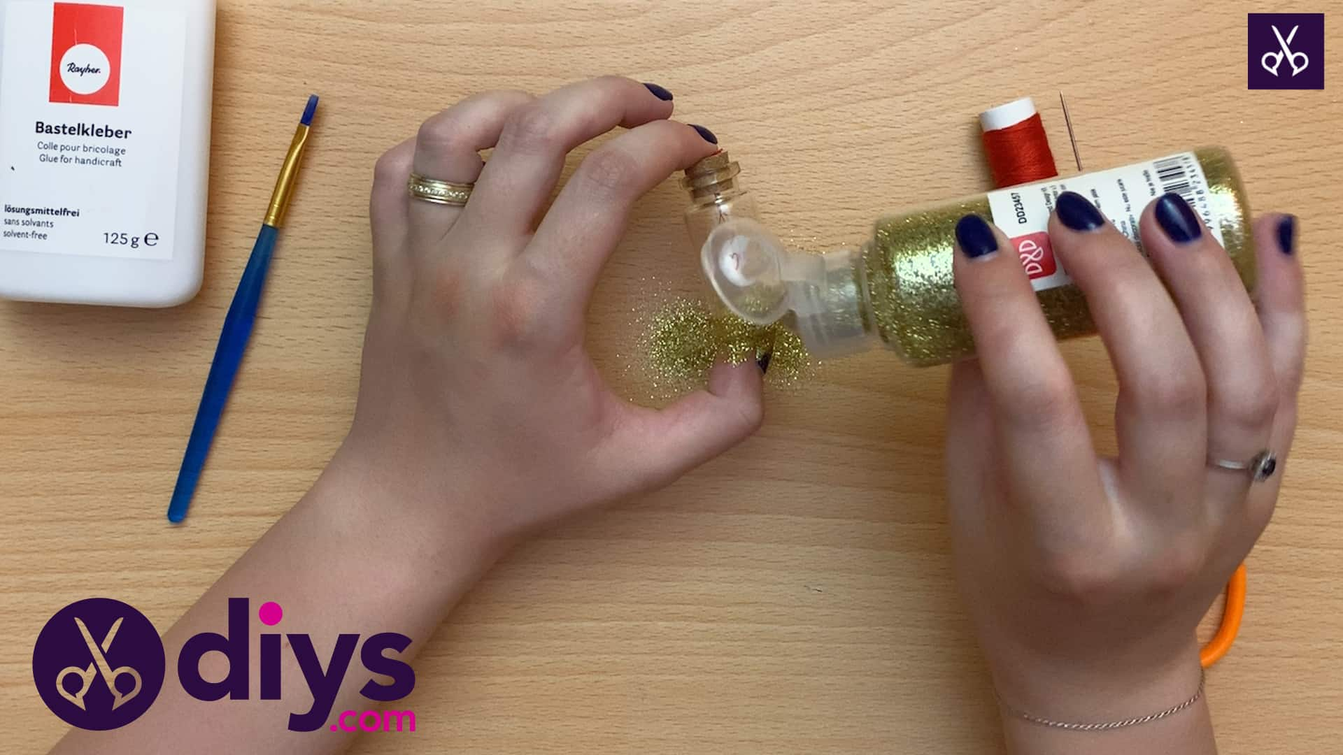 How to make a tiny photo in a bottle glam