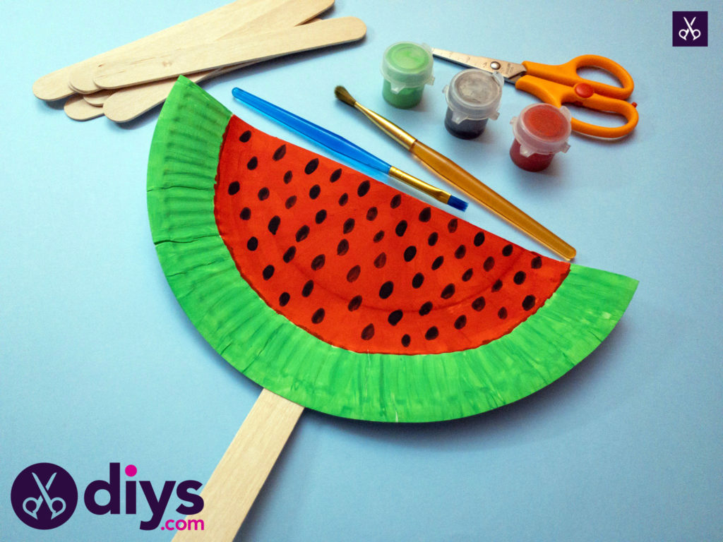 How to make a watermelon paper fan