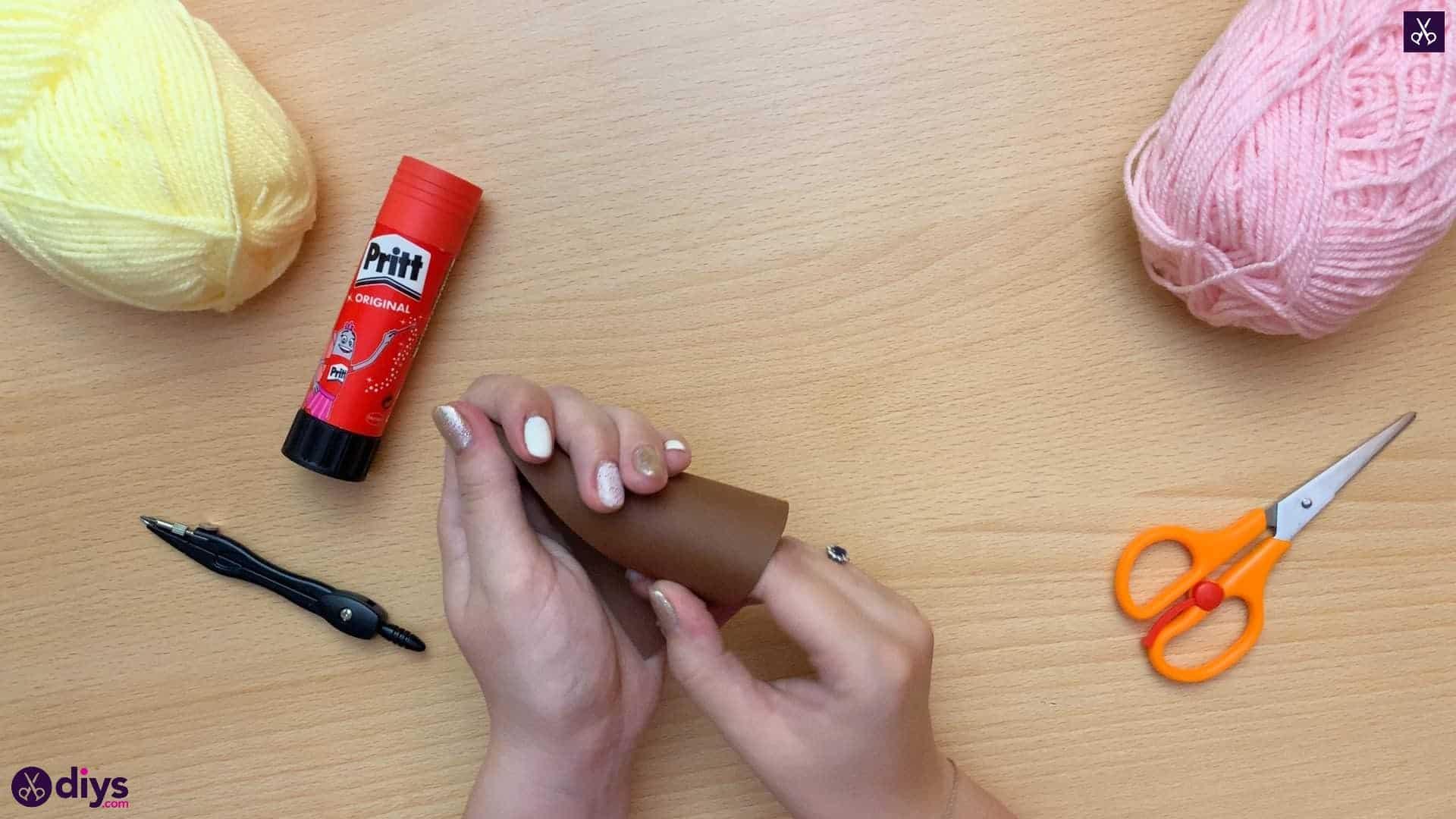 How to make an ice cream pom pom cone