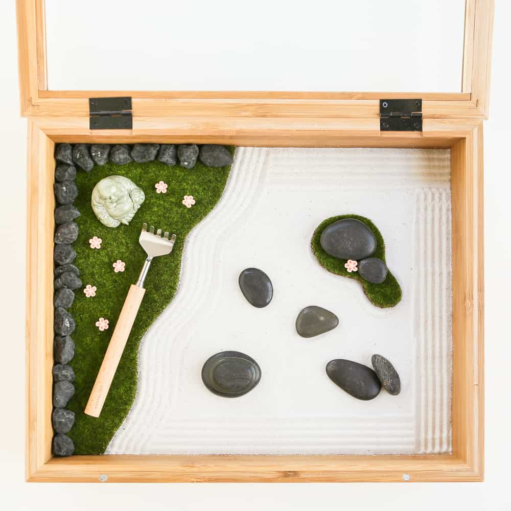 Mini diy office desk zen garden