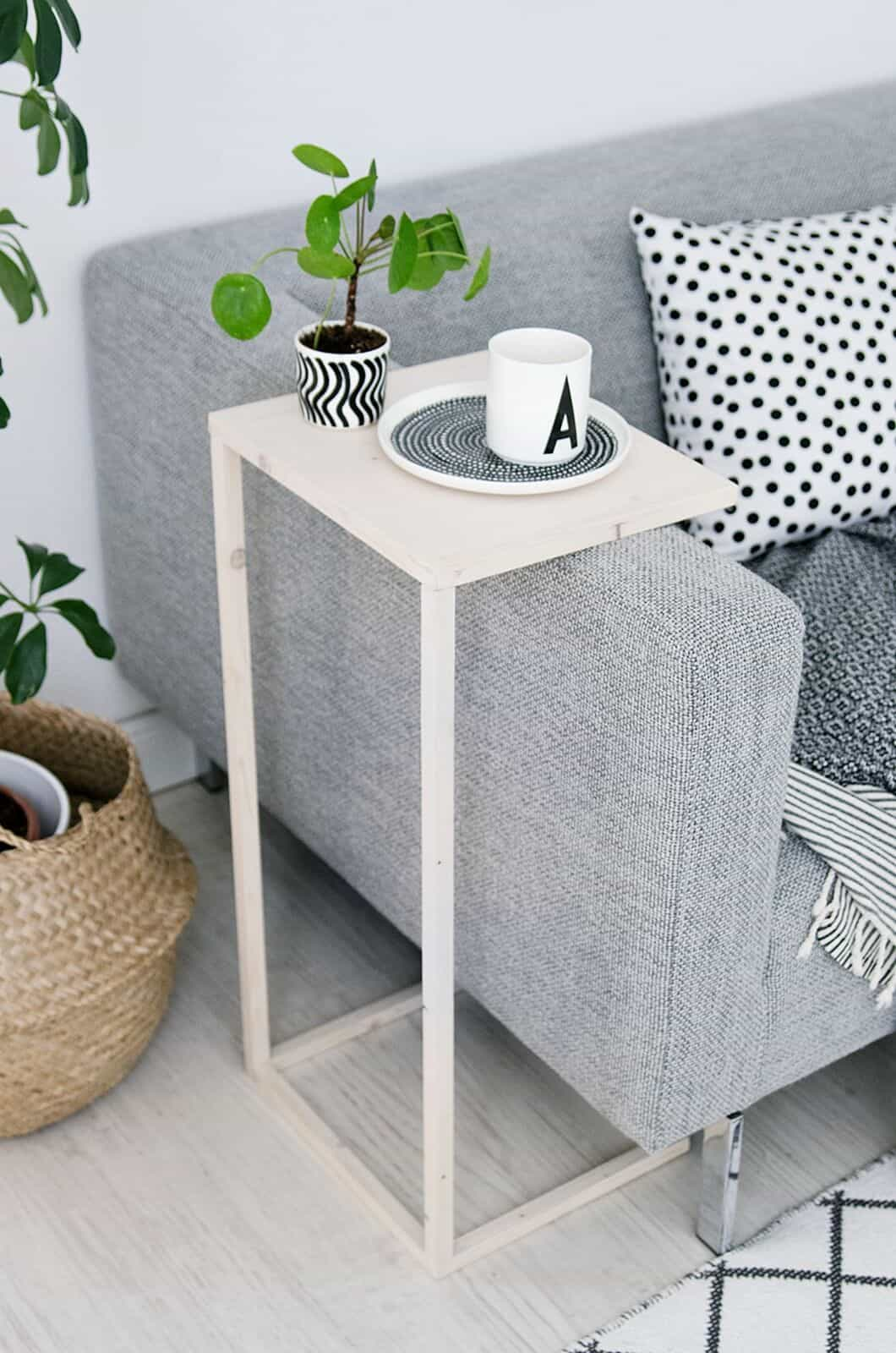 Over the arm coffee service table