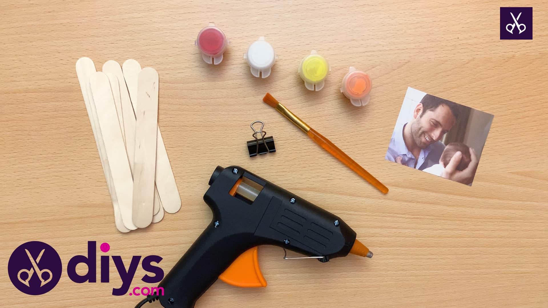 Popsicle stick picture frame glue gun crafts (2)