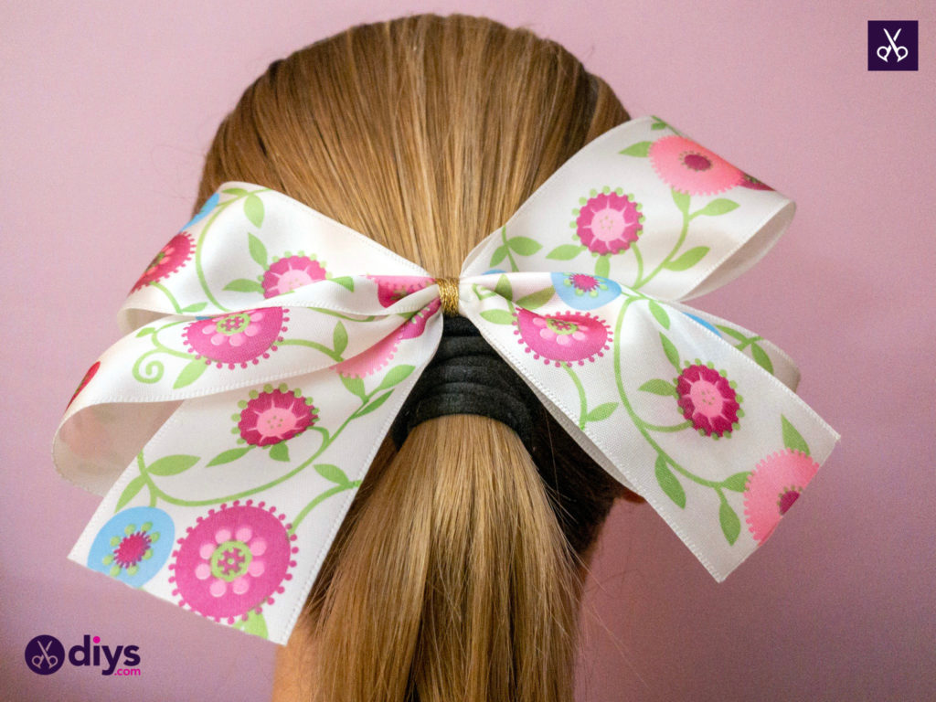 Stylish how to make a ribbon double bow