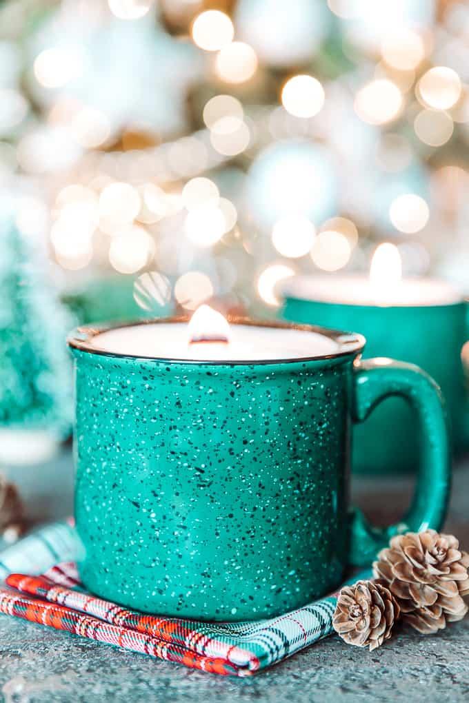 Tin mug candle