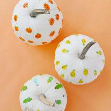 Finger print art pumpkins