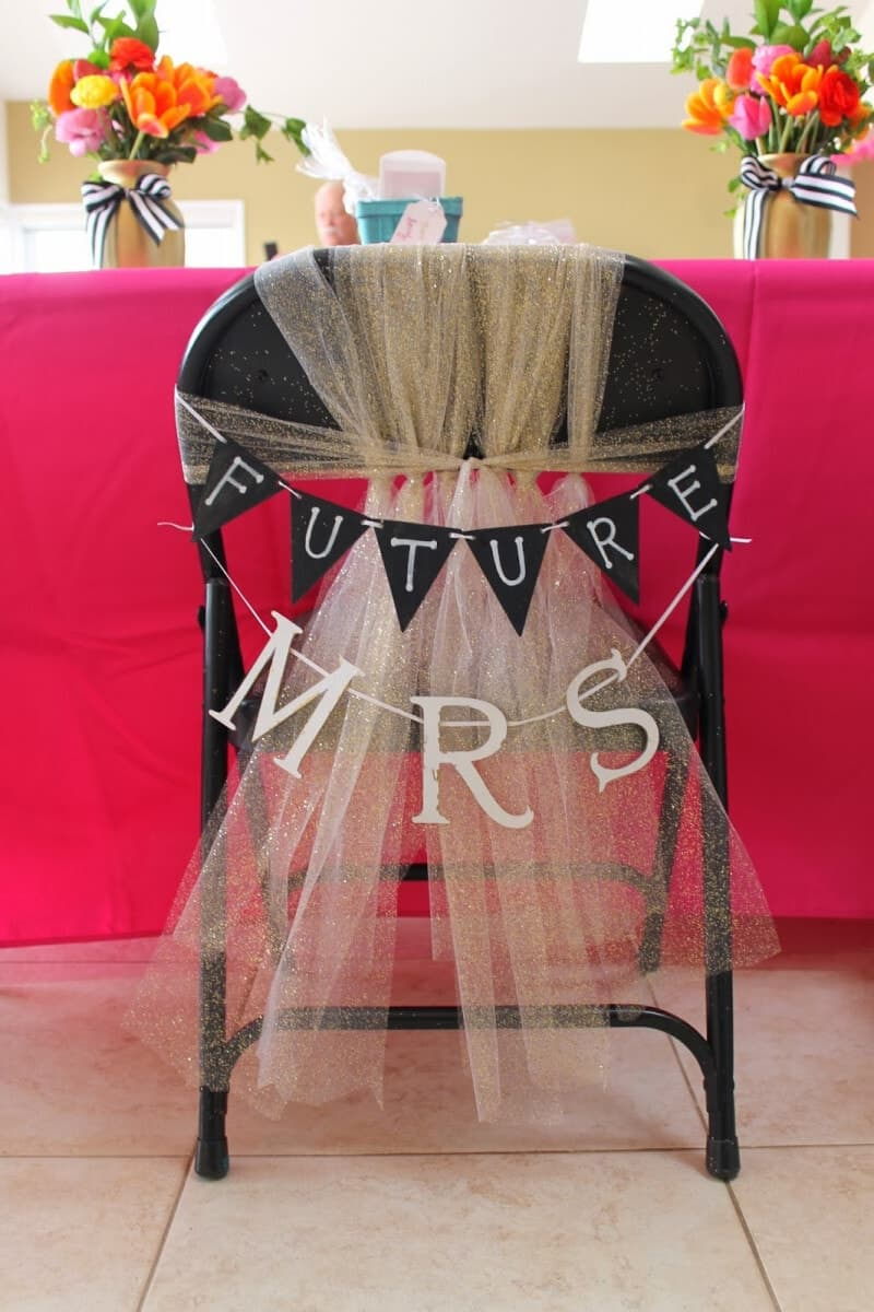 Future mrs tulle chair and bunting