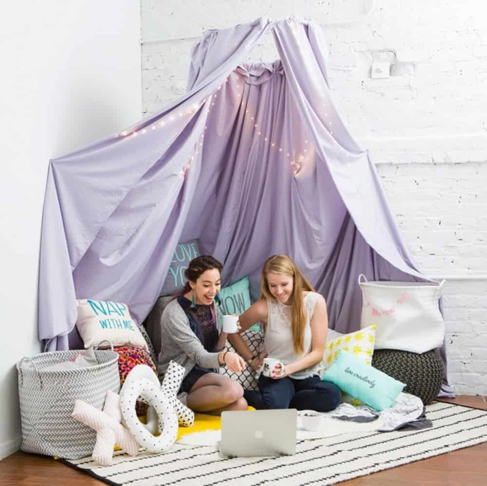 Diy blanket fort