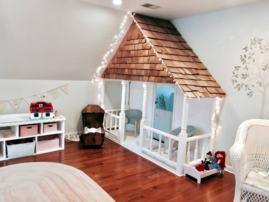 Indoor closet playhouse diy