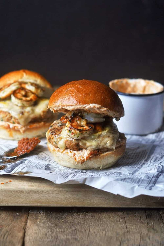 Pork burgers with garlic shrimp