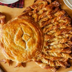 Apple pie puffed pastry turkey