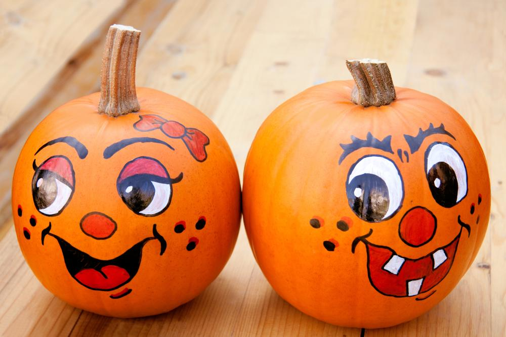 Cartoon pumpkin couple