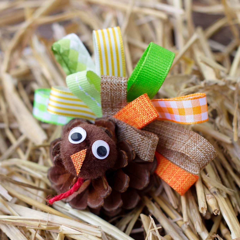 Cute pinecone and ribbon turkeys