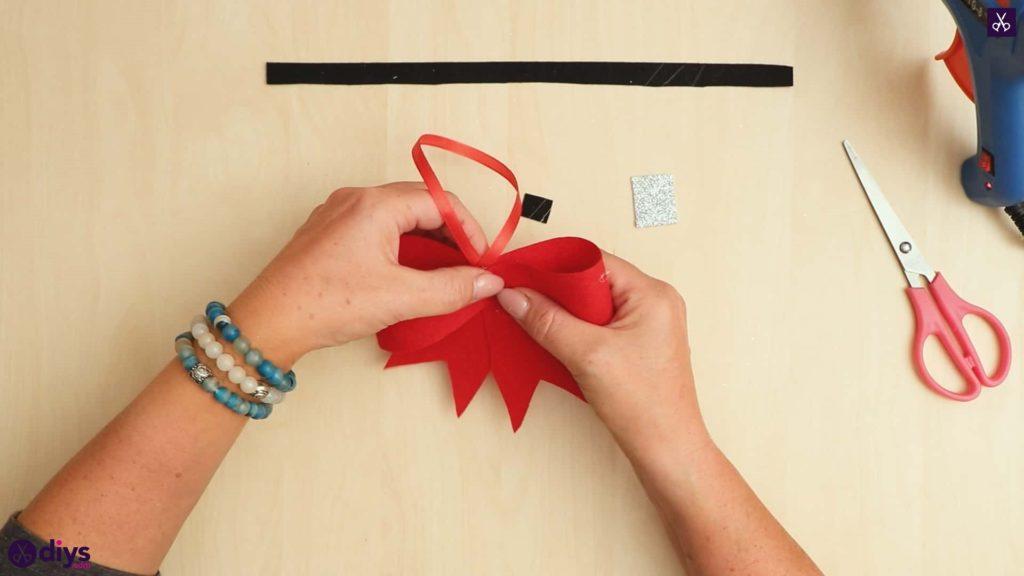Diy christmas bow ornament attach