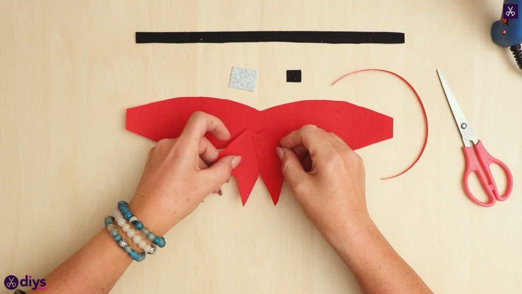 Diy christmas bow ornament tail