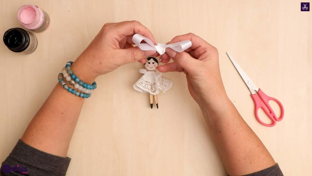 Diy clothespin angel ornament for christmas tree step 12