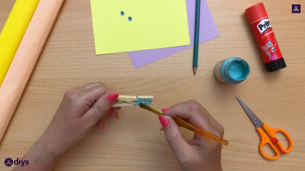 Diy clothespin dragonfly for kids paint