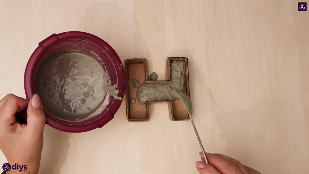Diy concrete letters step 7