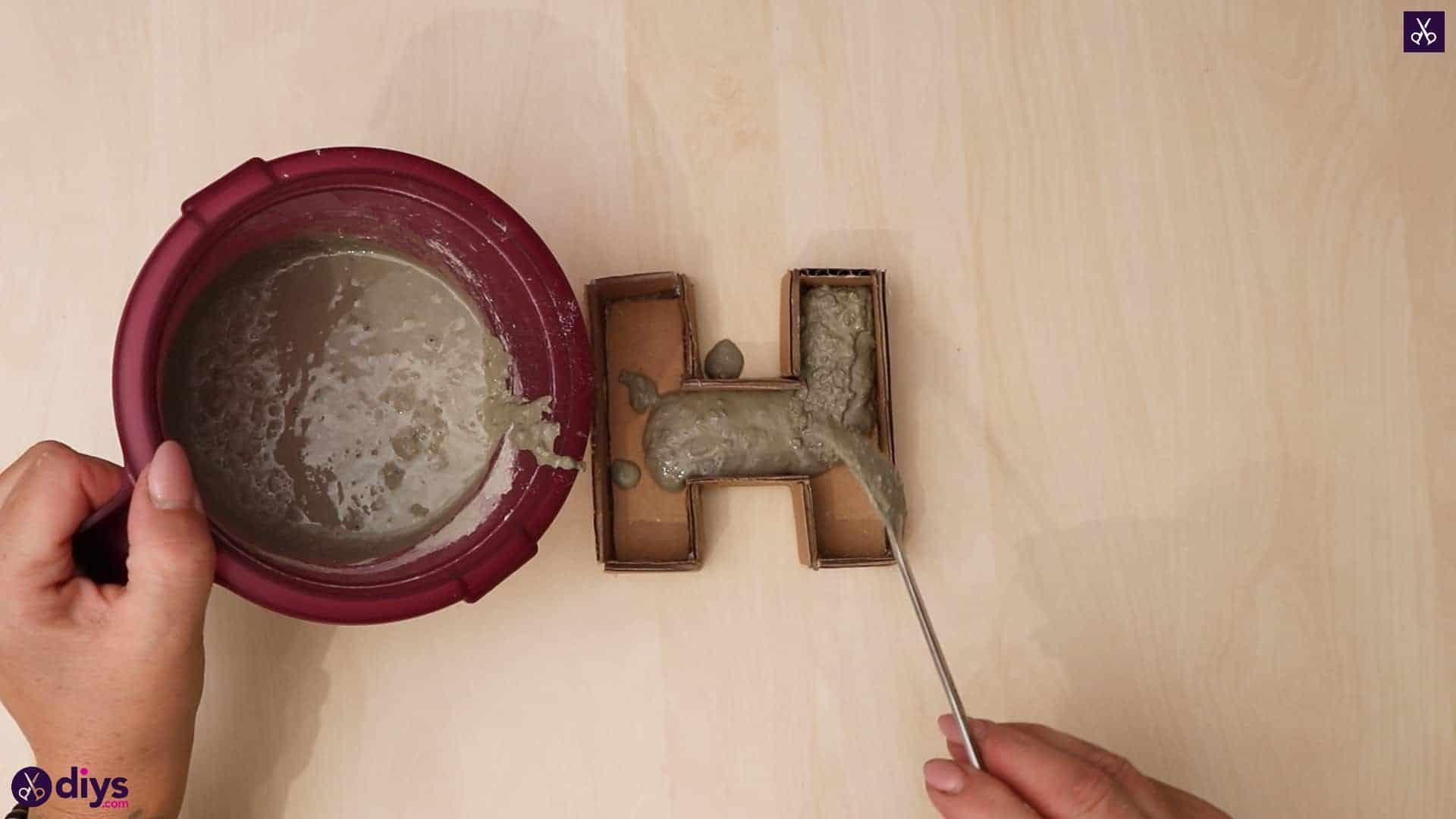 Diy concrete letters step 7